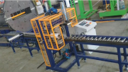Автоматическая машина для горизонтальной упаковки в стрейч пленку SP350